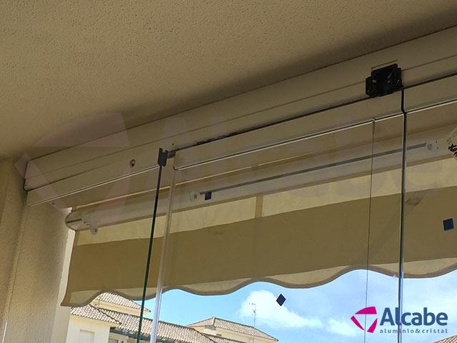 Acristalamiento de balcón en Chipiona (Cádiz)