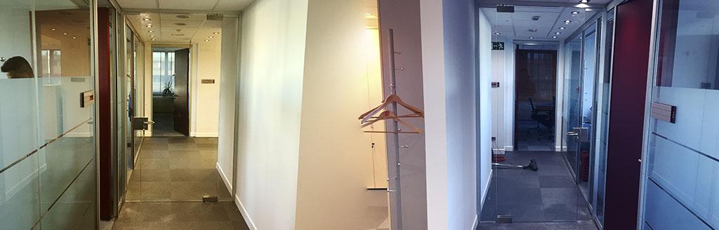 Divisiones y mamparas de cristal para oficinas for Oficinas de hacienda en sevilla