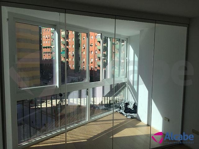Cortina de cristal separaci n de terraza con el balc n for Cortina cristal terraza