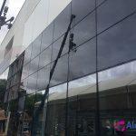 Muro de cortina de cristal (Concesionario Hyundai Sevilla)