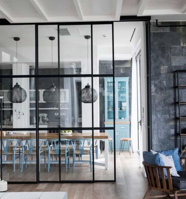 Cómo escoger un acristalamiento con cortinas de vidrio para una casa