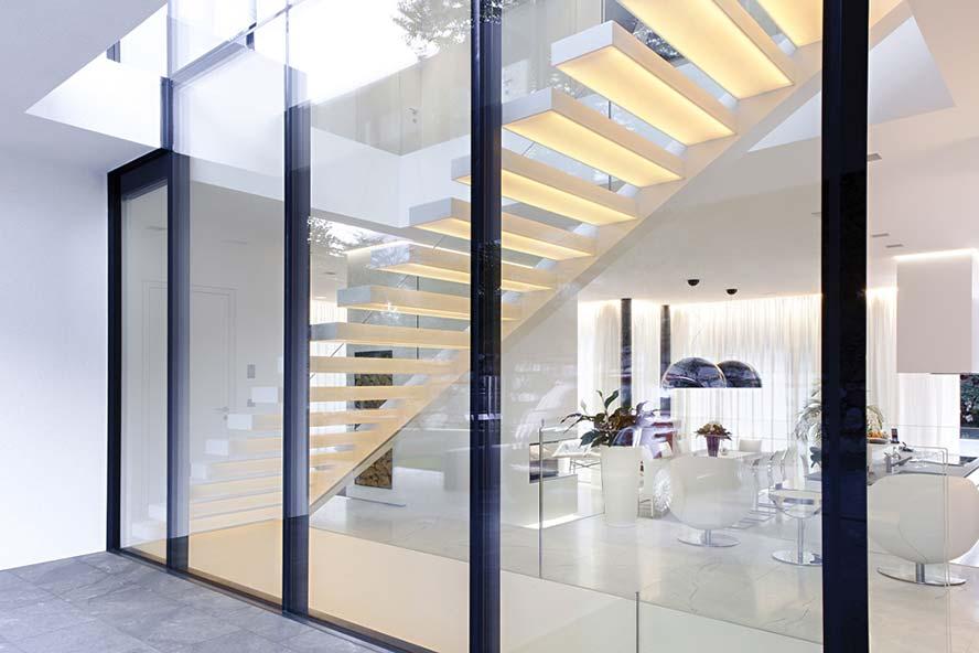 Qué debemos tener en cuenta a la hora de elegir el cerramiento de cristal para nuestra casa
