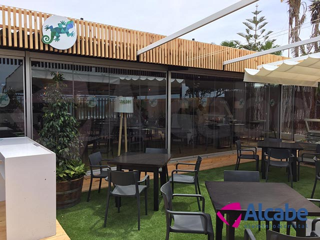 Cerramiento de Cristal en Tulúm Club & Restaurant (Chipiona)