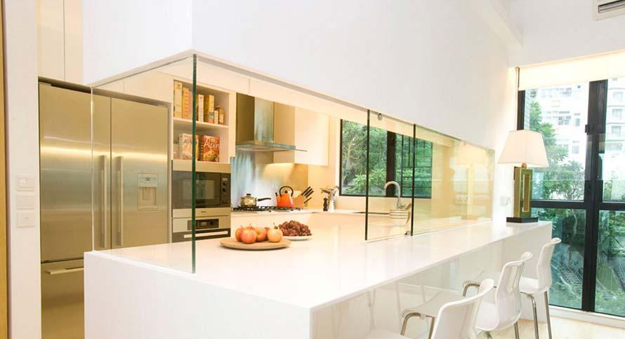 Ideas para colocar paredes de cristal en nuestra cocina