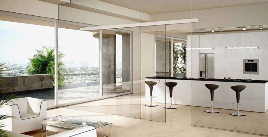Instalación de cortinas de cristal para la separación de cocinas