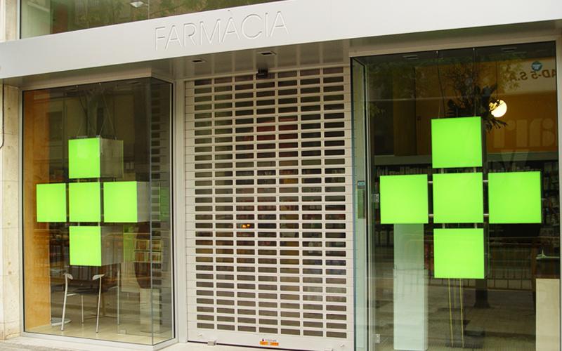 Collbaix Sevilla · Persianas para Farmacias · Somos Distribuidores Oficiales de Collbaix en Sevilla
